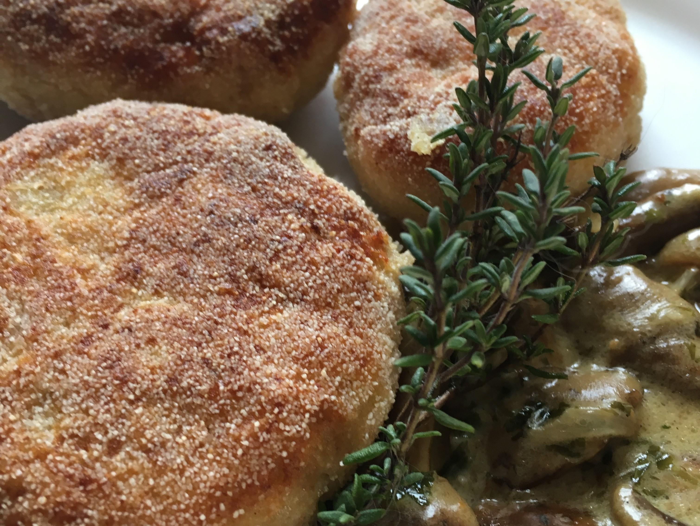 Kotlety ziemniaczane z parmezanem i serem cheddar czyli mariaż kuchni na przednówku z wyrafinowaniem